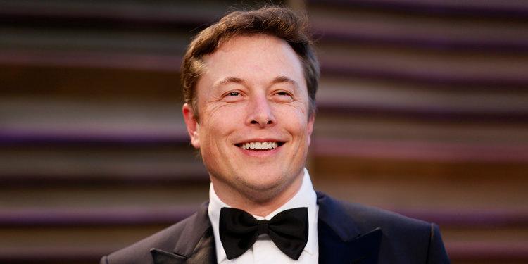 Elon Musk már tequilában is utazik